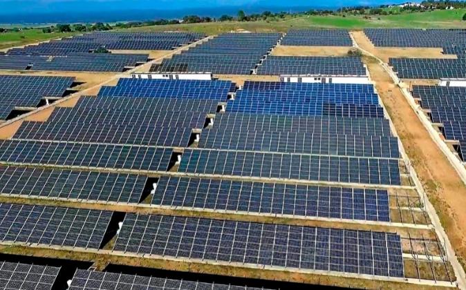 Paneles solares de Vela Energy en Mejorada, Toledo.