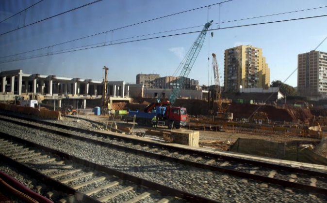 Imagen de archivo (2013) de las obras de la Estación de AVE de La...