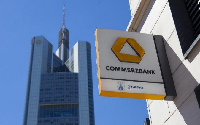 Logo de Commerzbank.