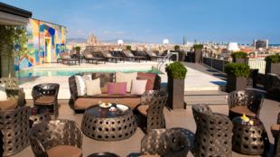 Una de las terrazas más versátiles de España, con una sana mezcla...