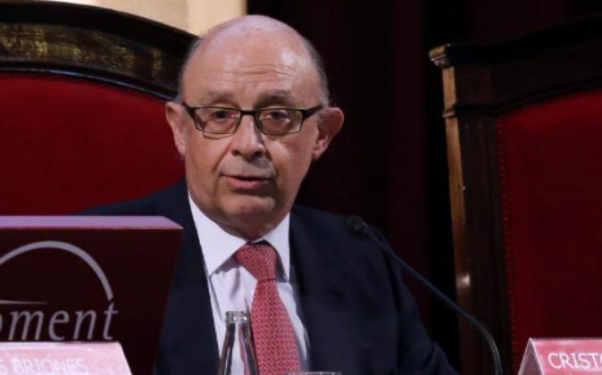Cristóbal Montoro, ministro de Hacienda y Administraciones Públicas,...
