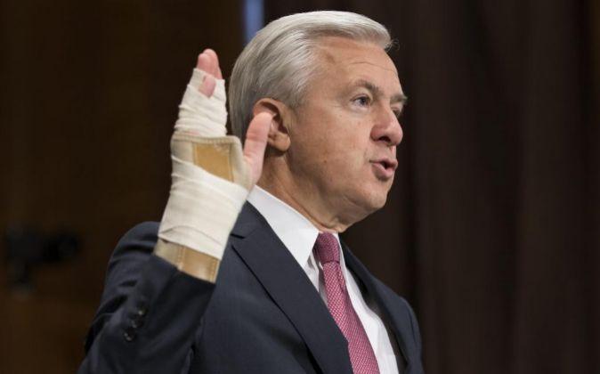 Imagen de la comparecencia de John Stumpf en el Senado de EEUU la...
