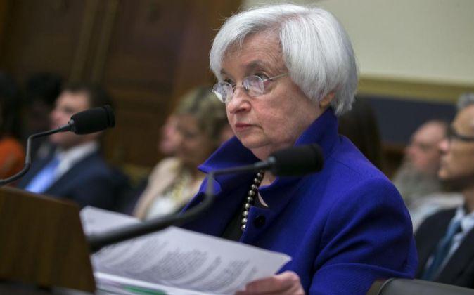 La presidenta de la Reserva Federal (Fed), Janet Yellen, testifica...