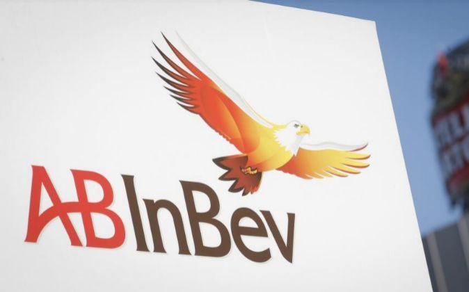 Logo de AB InBev.