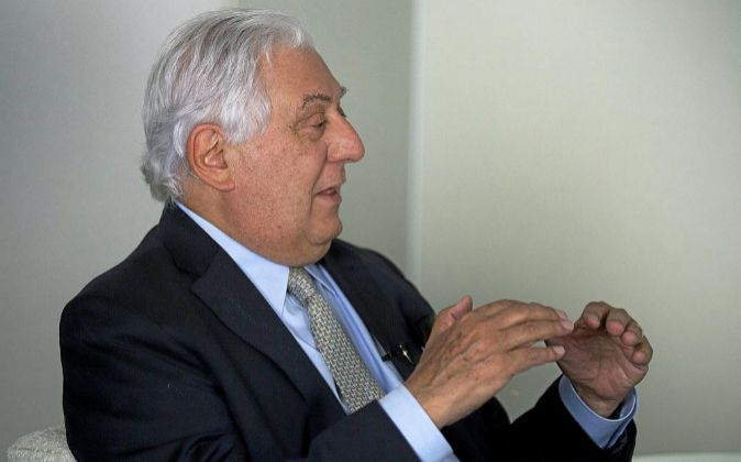 Antonio del Valle Ruiz.