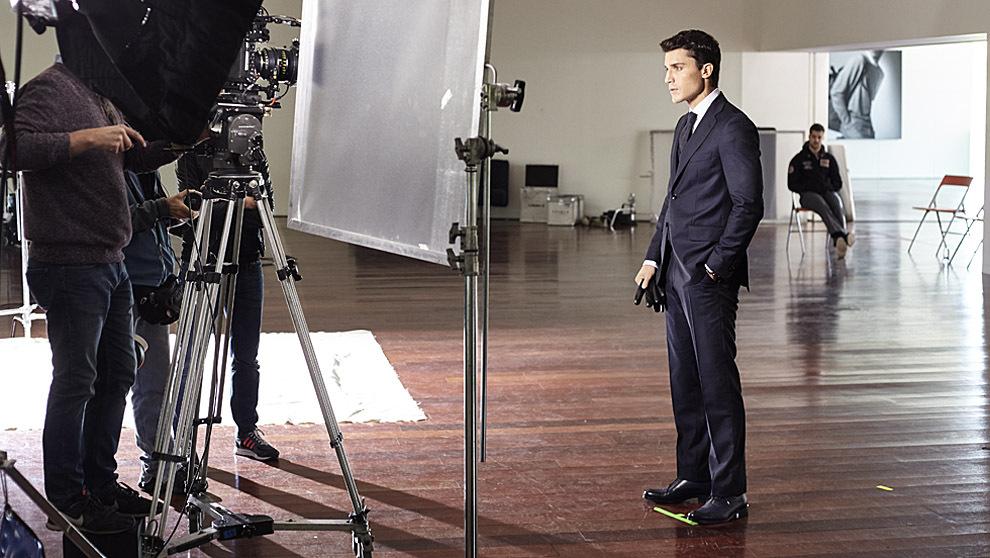 """El actor, 36 años, en un momento del rodaje del """"spot"""" de..."""