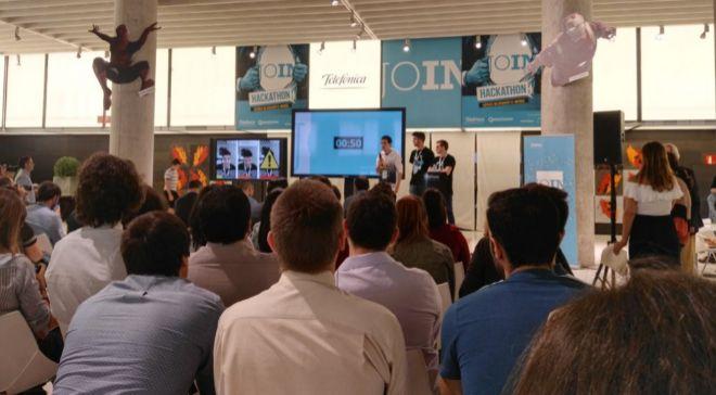 Momento de la presentación de los proyectos del 'hackathon'...