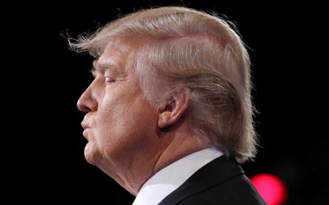 El candidato Republicano a la presidencia de los Estados Unidos Donald...