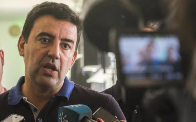El portavoz del Grupo Socialista en el Parlamento andaluz y ahora...