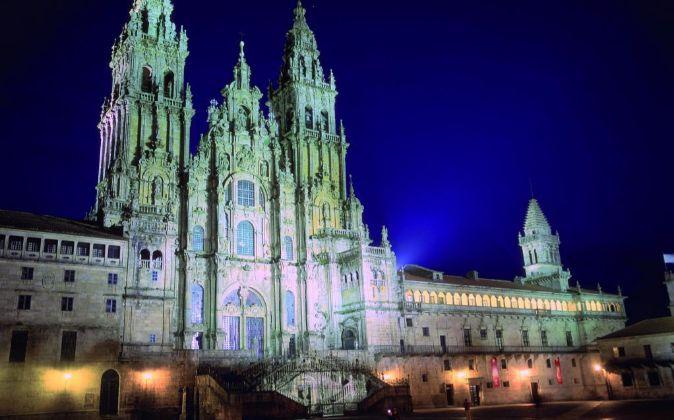 La ciudad vieja de Santiago de Compostela y su catedral, etapa final...