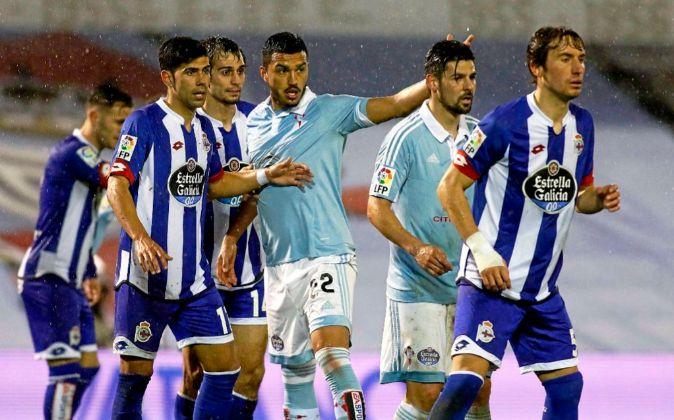 Los dos principales equipos gallegos, el Deportivo de La Coruña y el...
