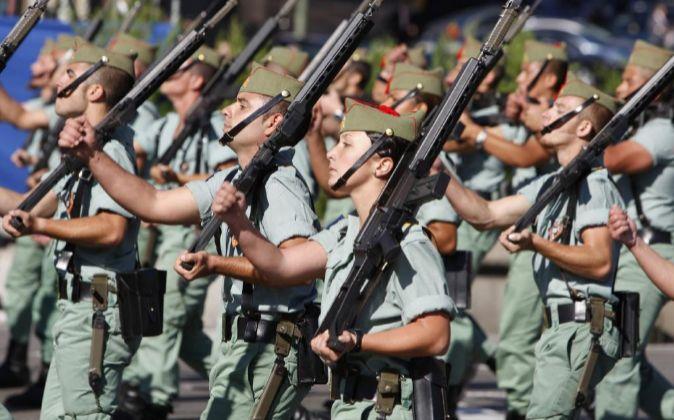 Legionarios durante el desfile militar del Día de la Fiesta Nacional.