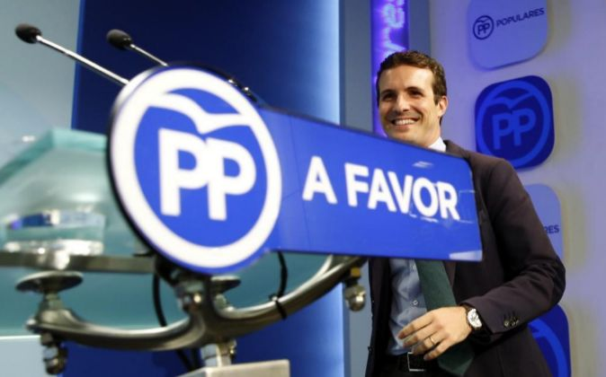 El vicesecretario de Comunicación del PP, Pablo Casado, en rueda de...