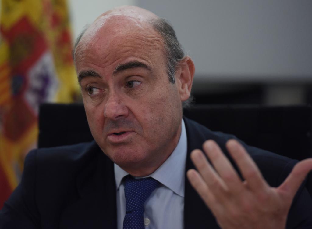 El ministro de Economía y Competitividad de España, Luis de Guindos...