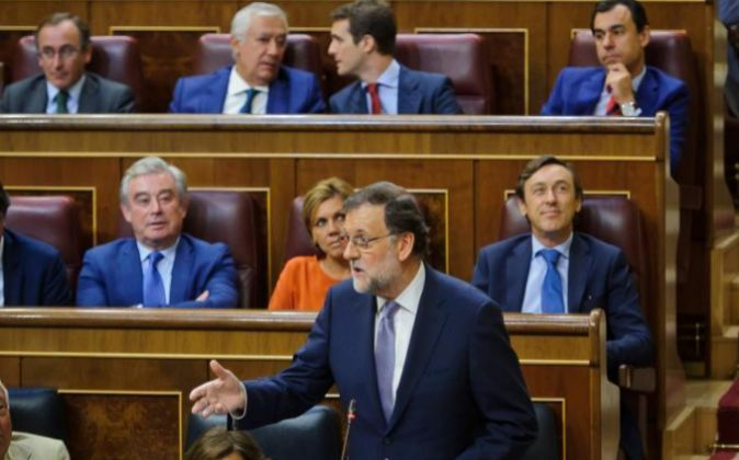 El presidente del Gobierno en funciones, Mariano Rajoy, en el Congreso...
