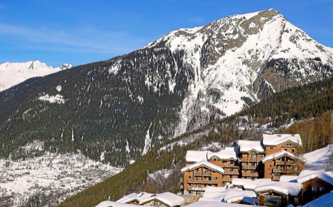 Alpes Franceses. El residencial Le Ruitor está en la estación de...