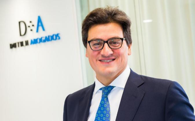 Ivo Portabales, socio director de Dutilh Abogados.