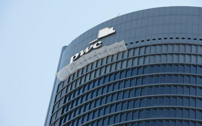 Torre PwC, uno de los inmuebles de Testa.
