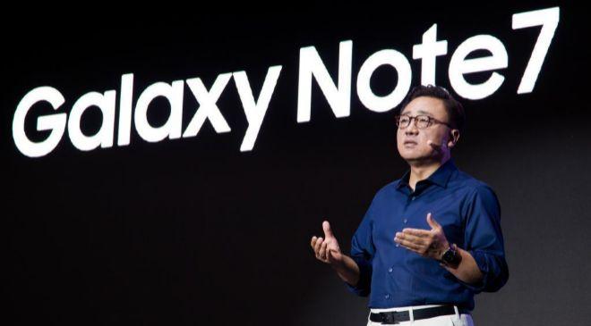 Koh Don-jin, director del negocio de móviles de Samsung.