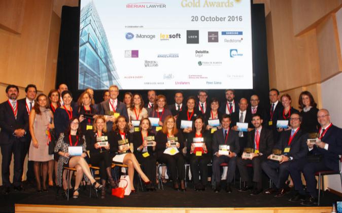 Ganadores y finalistas de los Gold Awards 2016.