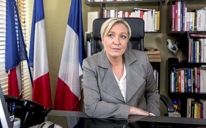 La líder del partido de extrema derecha Frente Nacional  Marine Le...