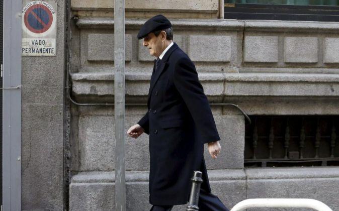 El expresidente de Caja Madrid Jaime Terceiro,  a su llegada a la...