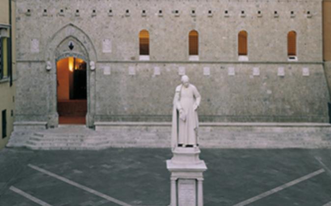 Imagen de la sede de Monte Dei Paschi, banco fundado en 1,472.