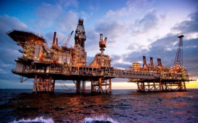 Imagen de una plataforma petrolífera en el Mar del Norte