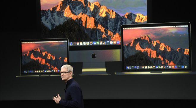 El consejero delegado de Apple, Tim Cook, durante la presentación