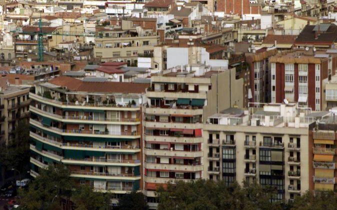 Fotografía de archivo. Viviendas en Barcelona.