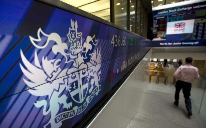 Interior de la Bolsa de Londres