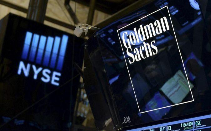 Logotipo de Goldman Sachs en la Bolsa de Nueva York.