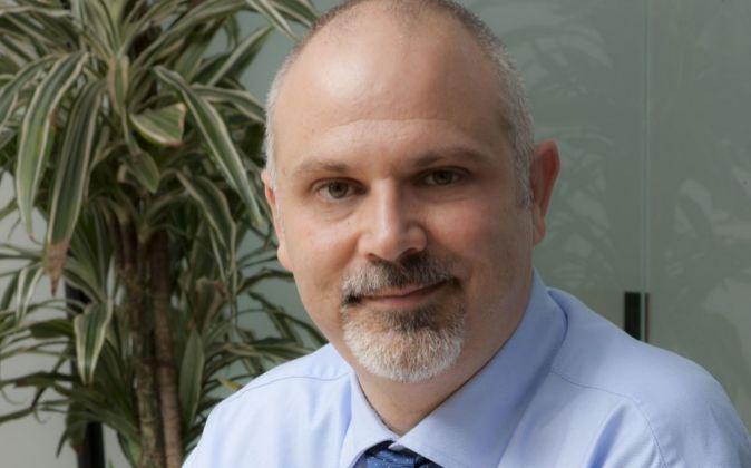 Javier Burgos, director general de Neuron Bio