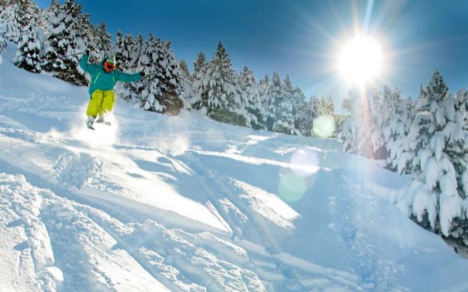Las estaciones de esquí confían en que la meteorología les permita...