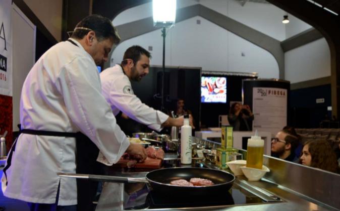 Ayer durante la Feria Iberoamericana de Gastronomía (FIBEGA) en...