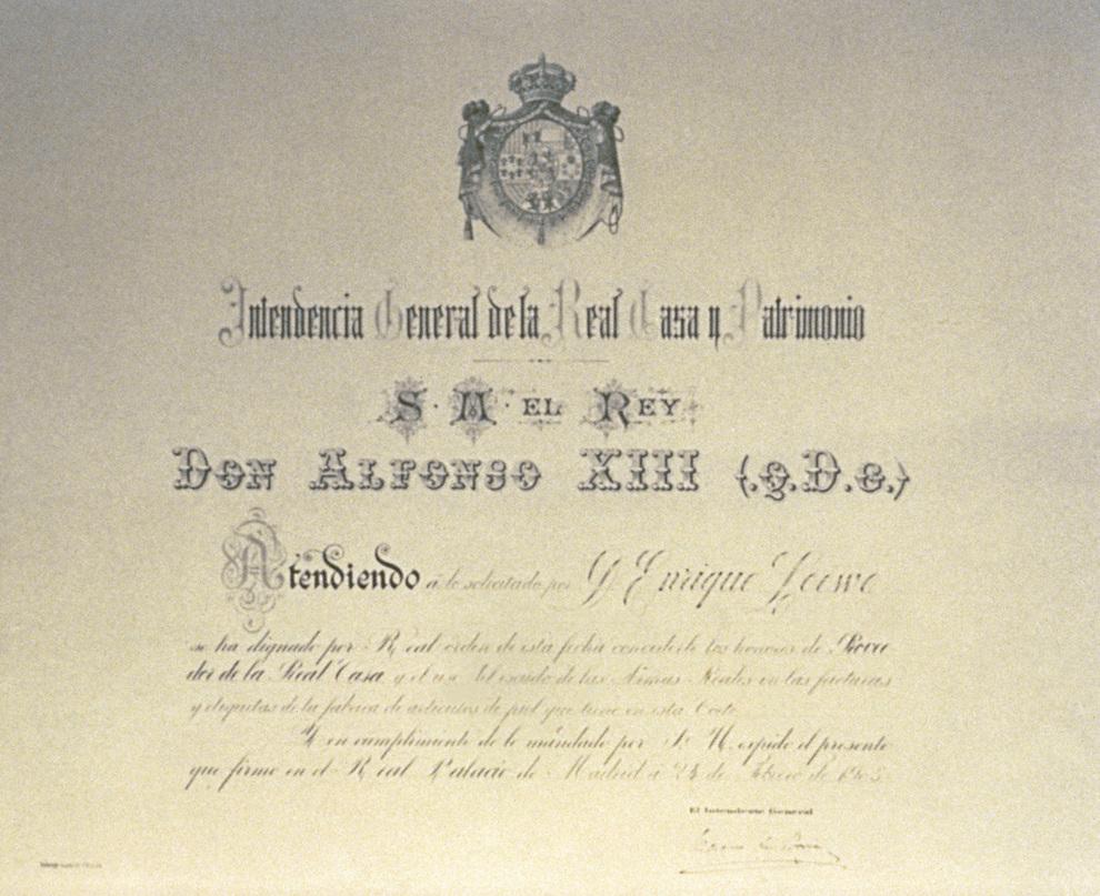 En 1905, el rey Alfonso XIII entrega a la empresa familiar el título...