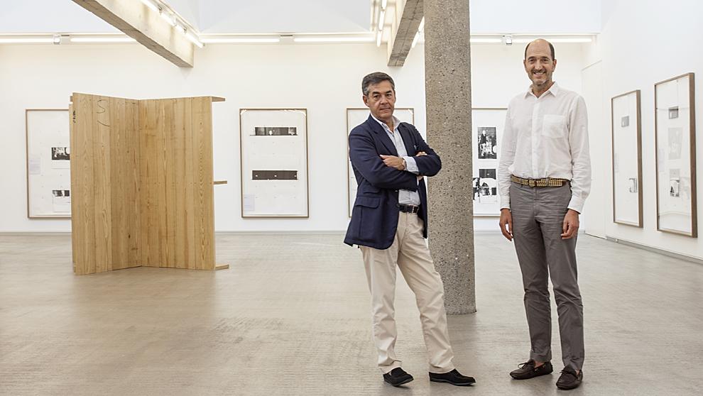 Pedro Carreras, 56 años (izqda.), e Ignacio Mugica, 52,  en la sede...
