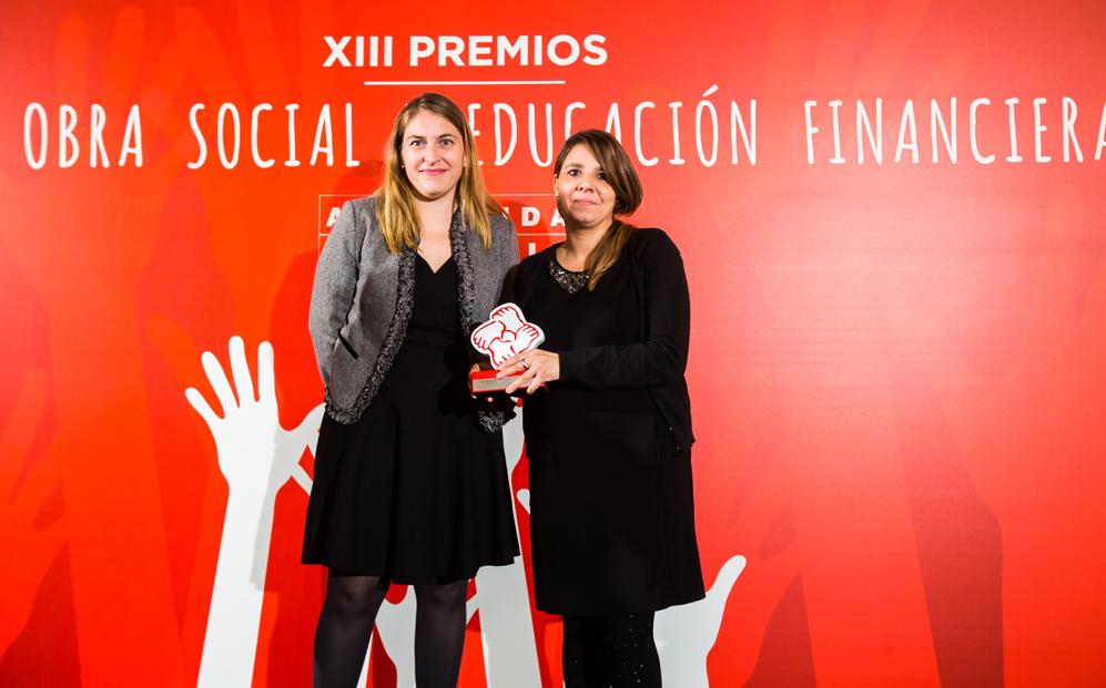 EDUCACIÓN E INVESTIGACIÓN: Primer Premio. Fundación La Caixa  por...