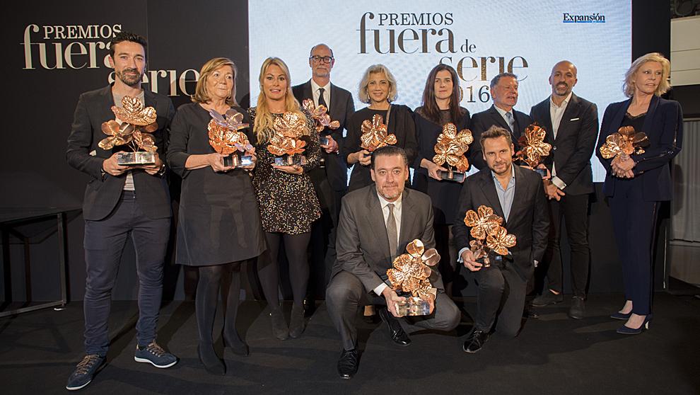 De izq. a drcha. Eneko Atxa, tres estrellas Michelin fue el premiado...