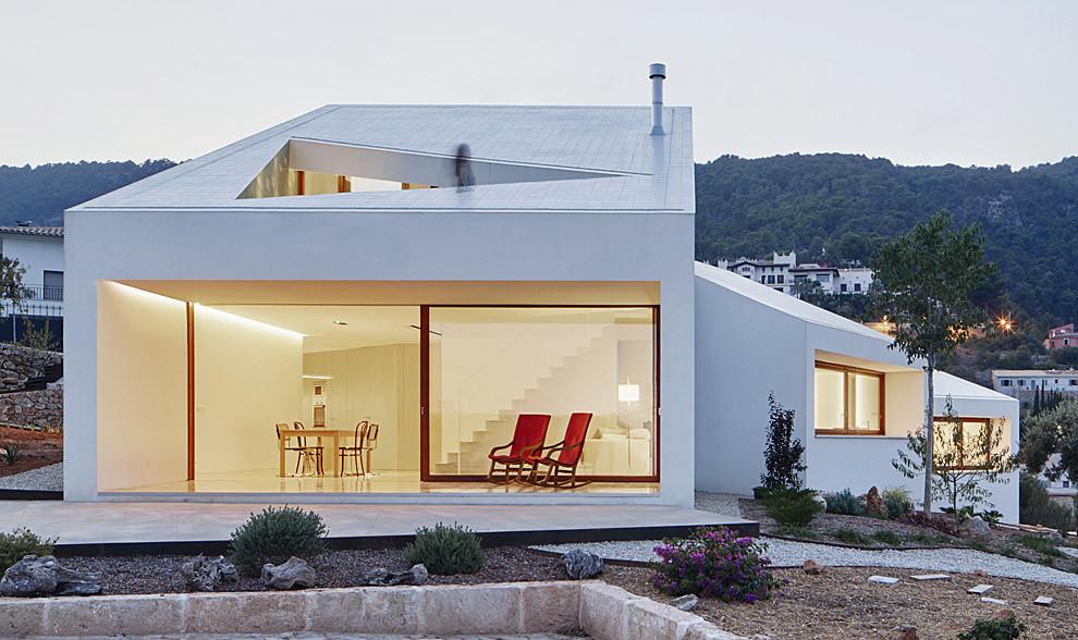 La Casa MM se distribuye en cuatro cajas, cuatro espacios con...
