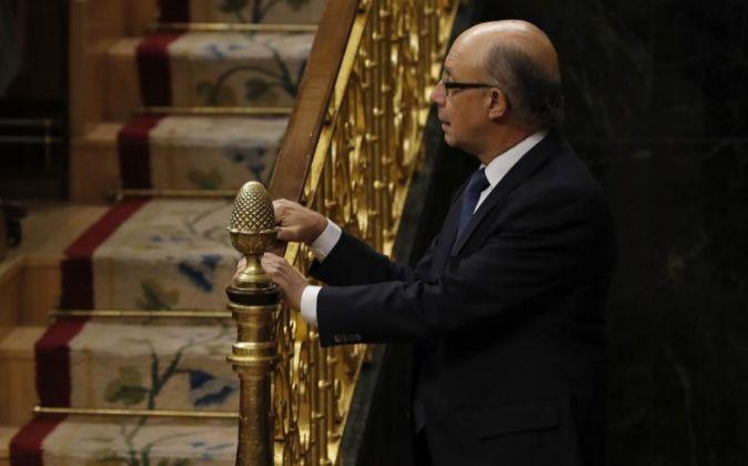 El ministro de Hacienda y Función Pública, Cristóbal Montoro, poco...