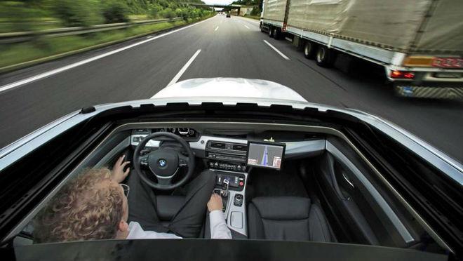 La firma BMW acaba de anunciar su intención de lanzar un modelo 100%...