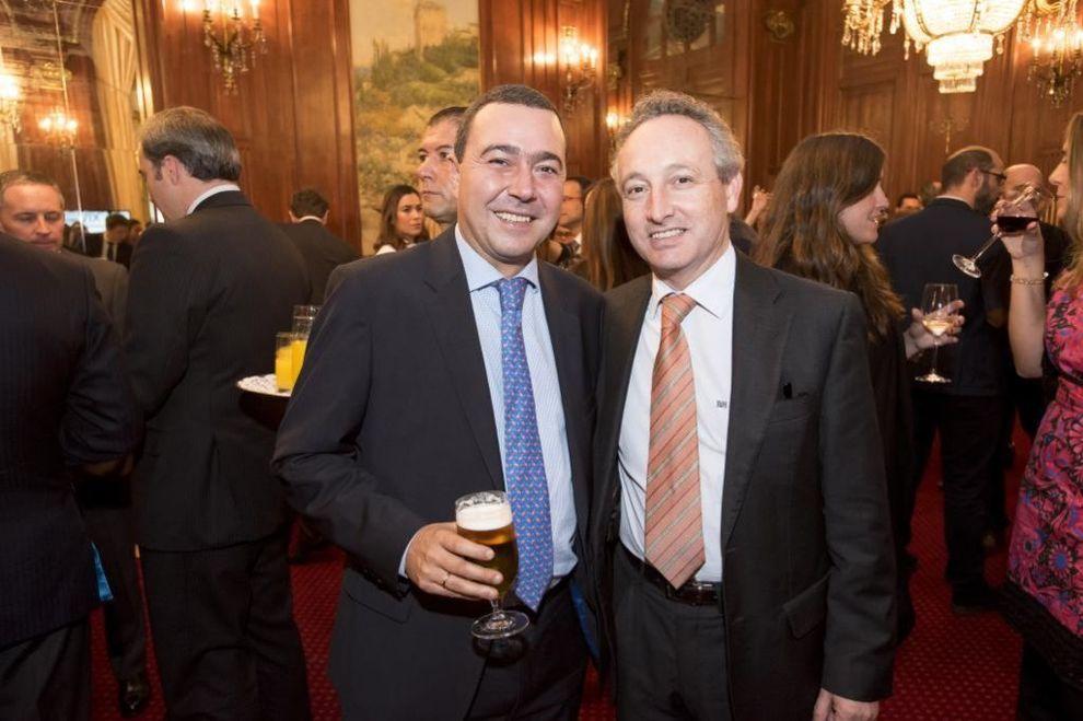 A la izquierda, Juan Antonio Fernández Fernández, socio de Habittud,...
