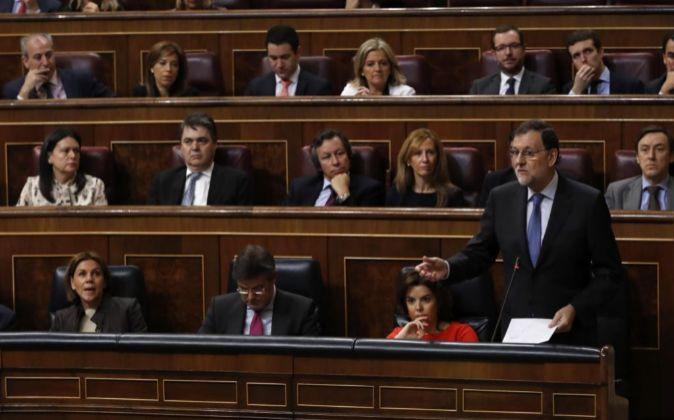 El presidente del Gobierno, Mariano Rajoy, durante una de sus...