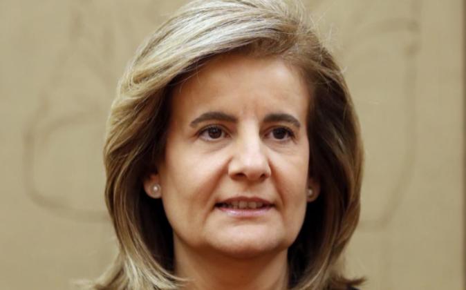 La ministra de Empleo, Fátima Báñez, hoy durante su comparecencia...