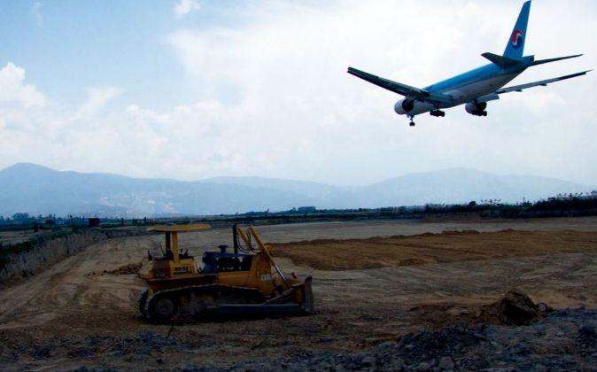 Obras del Aeropuerto Internacional de Katmandú