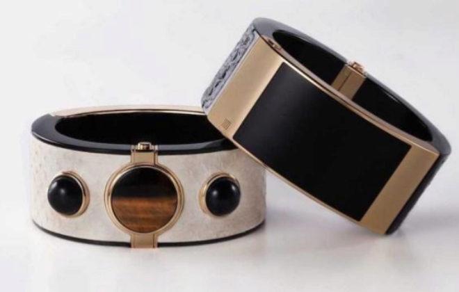 El brazalete de lujo de Intel está disponible en dos colores. Precio:...