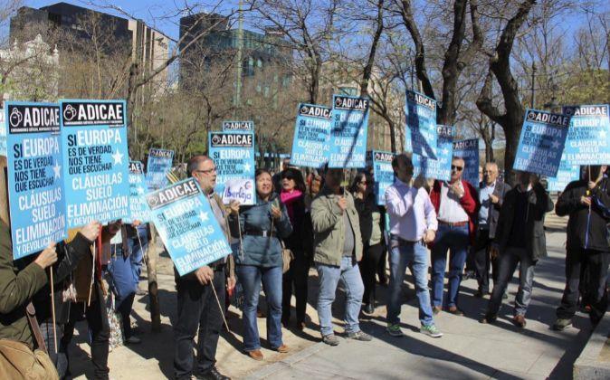 Protestas de los afectados por las cláusulas suelo.