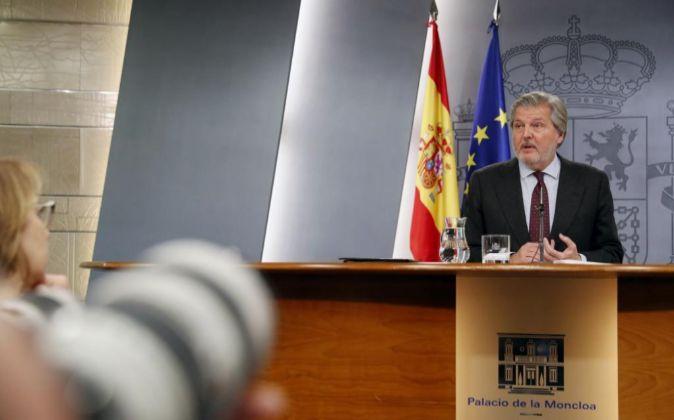 El portavoz del Gobierno, Íñigo Méndez de Vigo,en rueda de prensa.