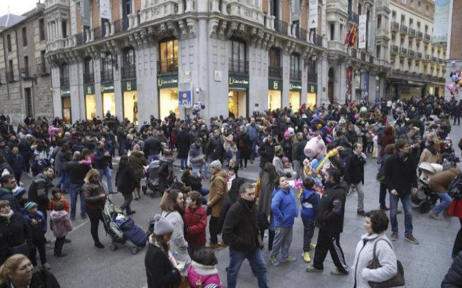 La céntrica calle madrileña Postigo de San Martín una tarde previas...